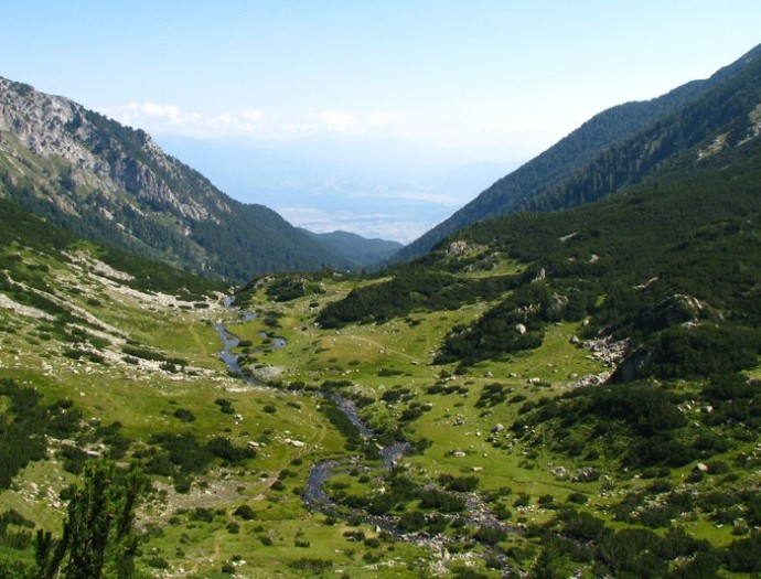 A valley in the Balkan Mountains (intrepidtravel.com)